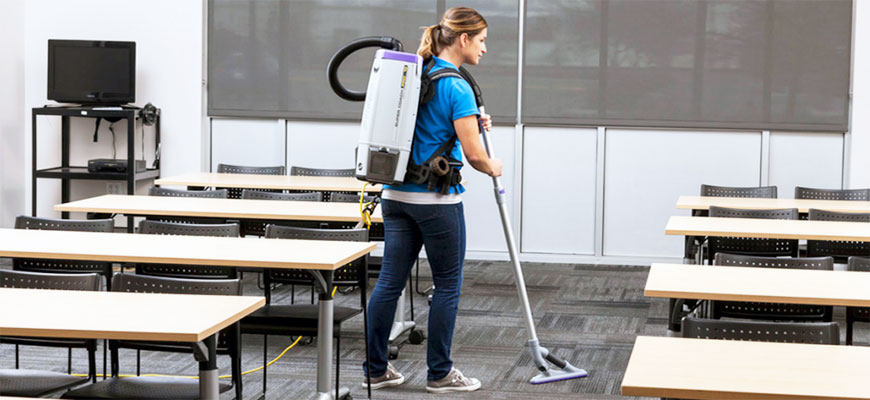 3 Reasons Why You Should Consider a Backpack Vacuum